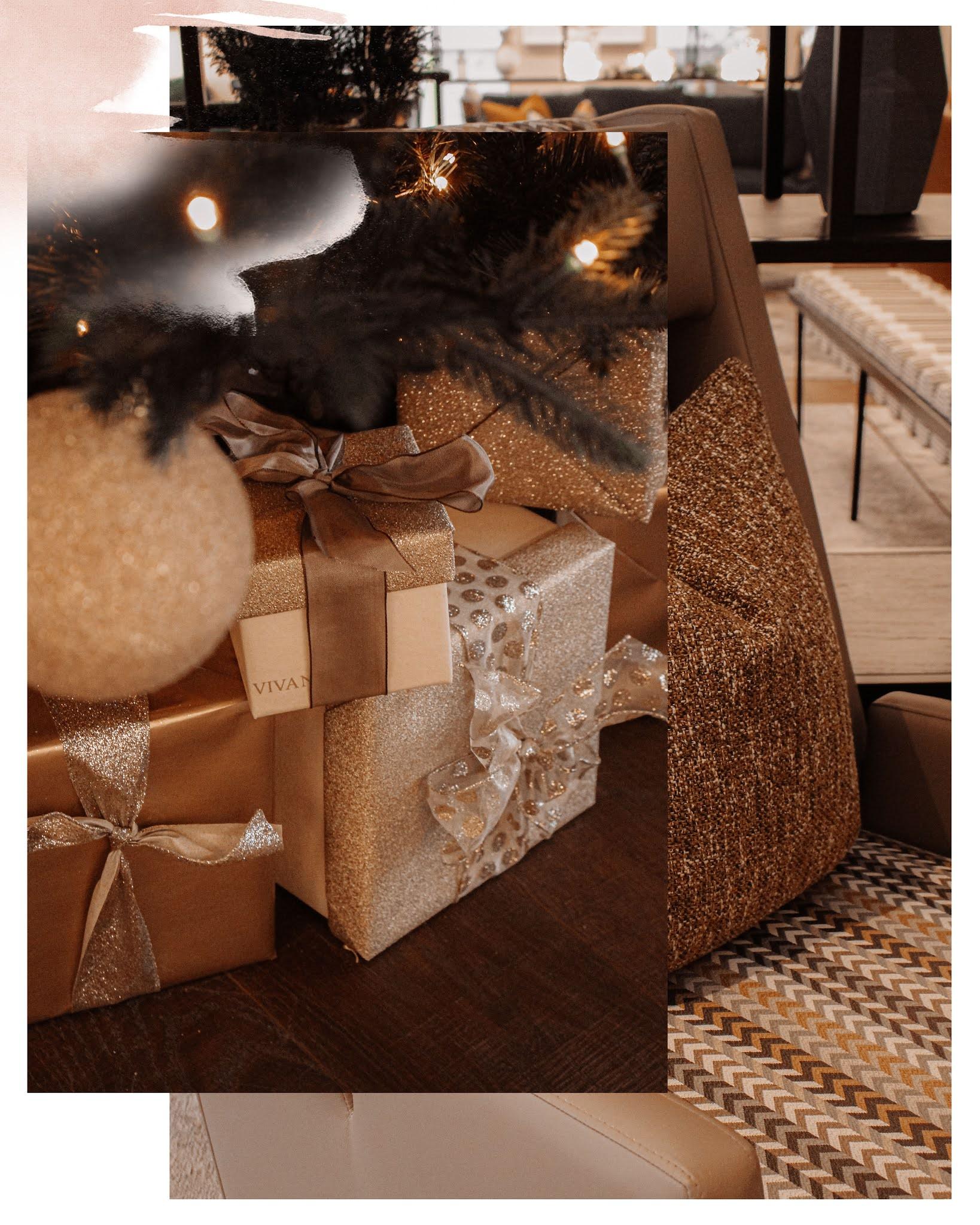Godiva Chocolate Christmas Gift Wrapping