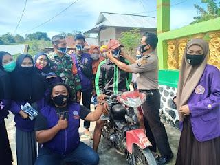 Cegah Covid 19 Personil Polsek Cendana Polres Enrekang Bersama TNI Gelar Operasi Yustisi