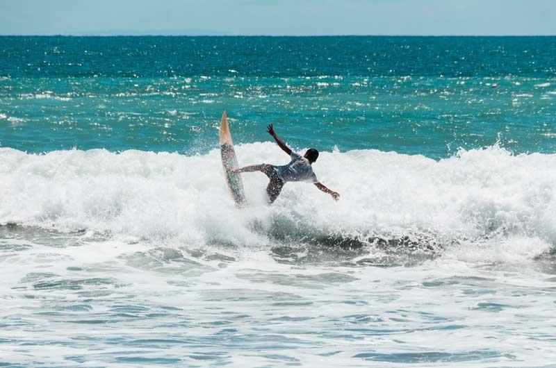 Spot Surfing Terbaik di Pulau Bali