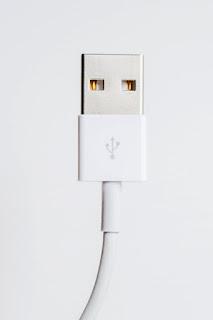 hp di cas tidak bertambah karena kabel usb rusak