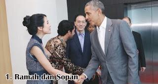 Ramah dan Sopan merupakan salah satu fakta menarik wanita Indonesia yang membuat kamu bangga