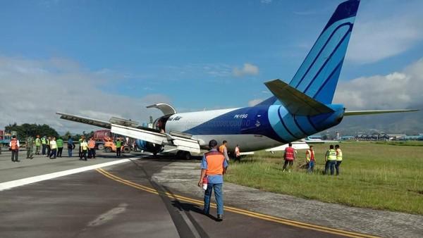 Pesawat Kargo Trigana Air Tergelincir di Bandara Sentani, Jayapura