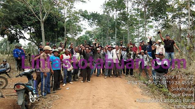 Warga Pekon Sidodadi  Lambar Ikuti Bimtek RHL di HKM Dengan Menanam 1300 Pohon Pinang