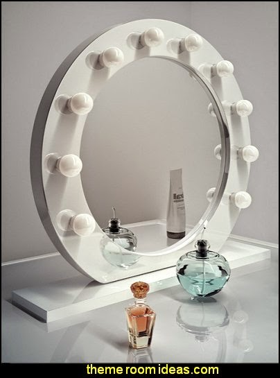 High Gloss White Round Hollywood Makeup Mirror with Warm White LED lamps