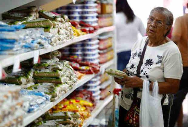 Canasta alimentaria de septiembre podría cerrar en Bs 6 millones, según Cendas