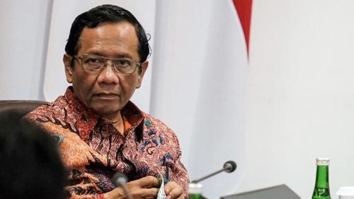 Aksi 'Jokowi End Game' Tapi Boong, Pengamat: Mahfud MD Kena Prank, Hahah…