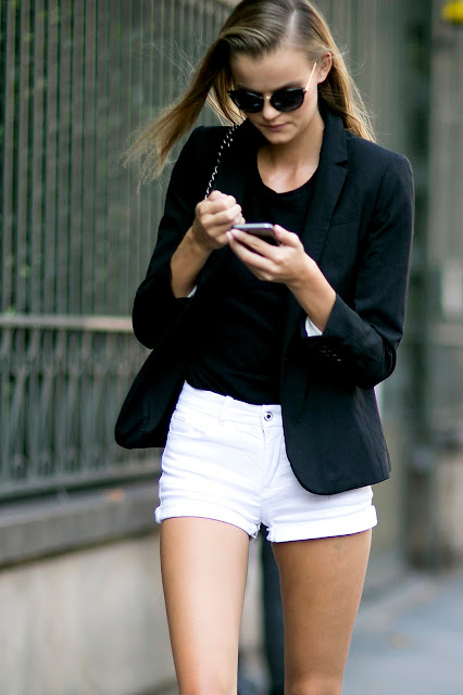 denim shorts outfit black and white