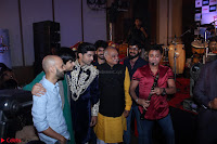 Star cast having fun at Sangeet Ceremony For movie Laali Ki Shaadi Mein Laaddoo Deewana (54).JPG