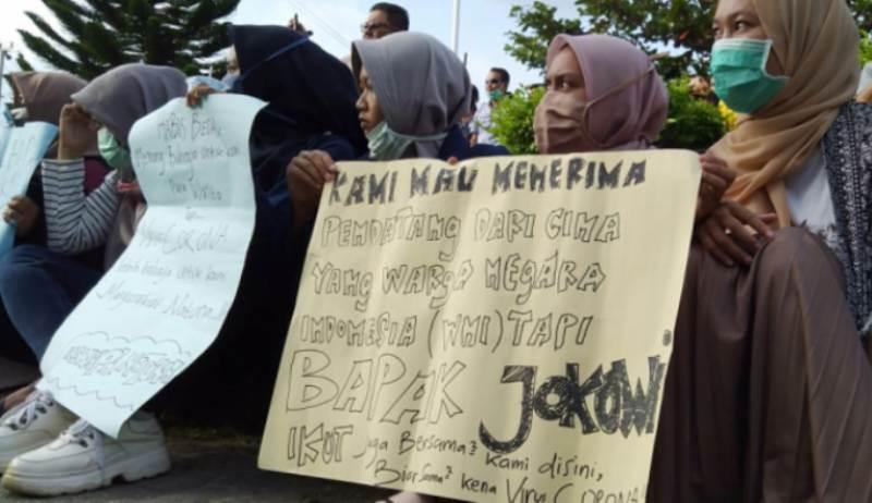 Apapun Alasannya Warga Tolak Karantina di Natuna dan Minta Jokowi Datang