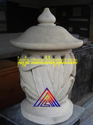LAMPION BATU ALAM MOTIF DAUN PISANG