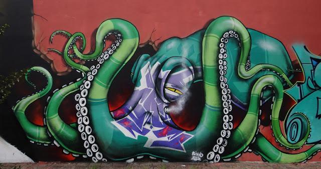 5 Bons motivos para amar o renomado grafite brasileiro.