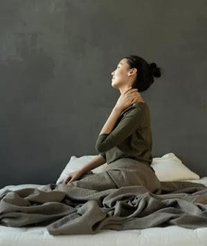 thyroid symptoms in female ichhori.com