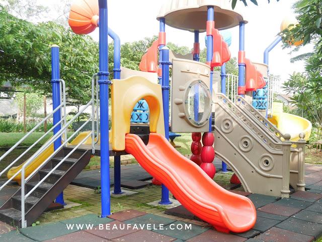 Tempat bermain anak outdoor