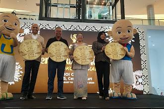 Syiling Emas 24k edisi terhad ukiran karakter Upin dan Ipin seberat 0.2g berharga RM118 di Habib Jewl