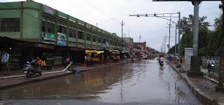 नगर पालिका की सफाई अभियान की जल वर्षा होने पर खुली पोल
