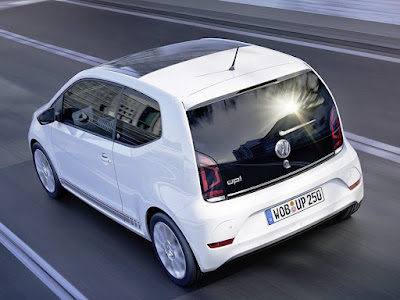 Volkswagen Up! back view hd picture