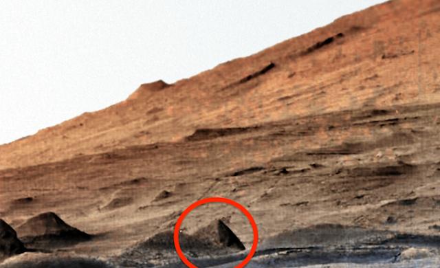 Pyramid Found On Mars In Newest NASA Photos, Yet NASA Does Not Report Finding It!  Pyramid%252C%2BMars%252C%2B%2BMUFON%252C%2B%25E7%259B%25AE%25E6%2592%2583%25E3%2580%2581%25E3%2582%25A8%25E3%2582%25A4%25E3%2583%25AA%25E3%2582%25A2%25E3%2583%25B3%252C%2B%2BUFO%252C%2BUFOs%252C%2Bsighting%252C%2Bsightings%252C%2Balien%252C%2Baliens%252C%2BET%252C%2Banomaly%252C%2Banomalies%252C%2Bancient%252C%2Barchaeology%252C%2Bastrobiology%252C%2Bpaleontology%252C%2Bwaarneming%252C%2Bvreemdelinge%252C%2B
