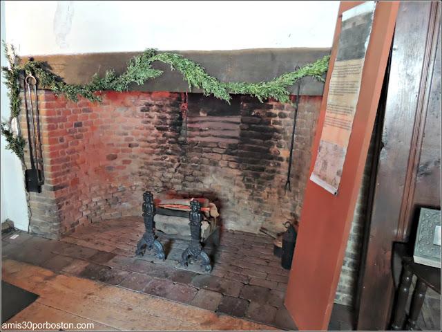 Chimenea en The Witch House