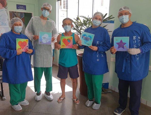 Equipe do Pronto Atendimento Coronavírus comemora mais duas altas hospitalares