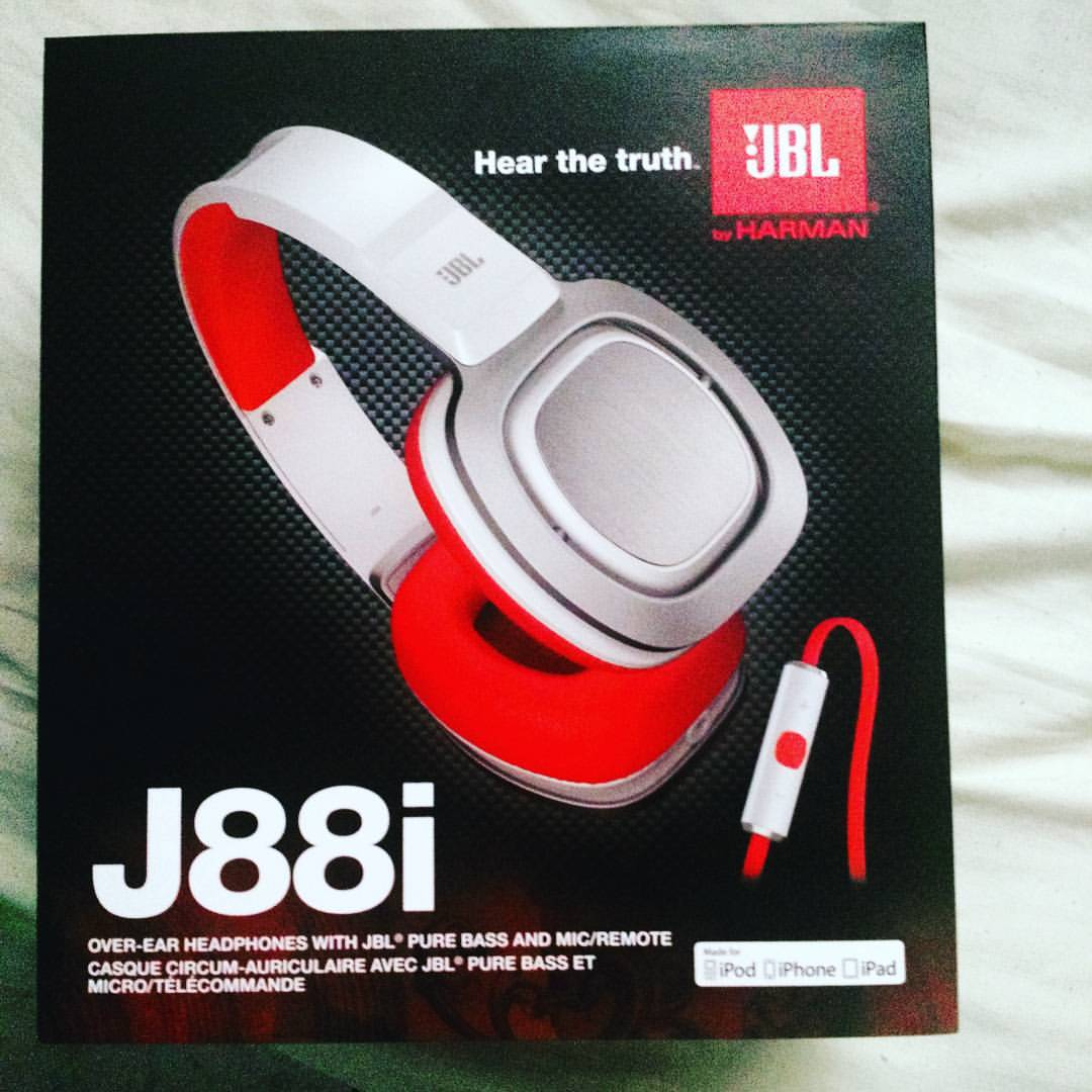 Resenha do fone de ouvido JBL J88I