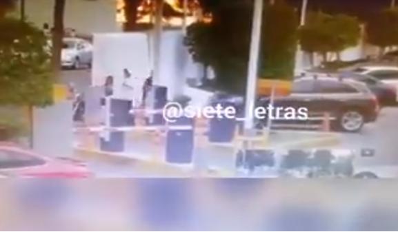 Video: Así fue como Sicarios entraron a las inmediaciones del  Hospital Ángeles y ejecutaron por la espalda y a traición a empresario y empleado