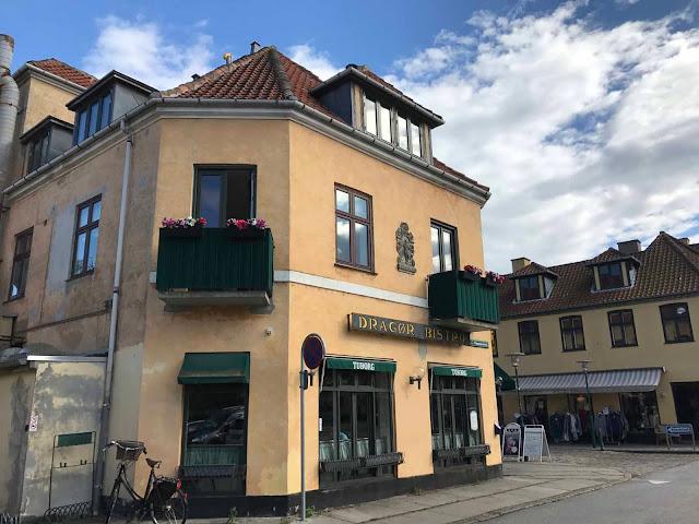 Dragør bistron ruoka oli taivaallisen hyvää! Tuoreista raaka-aineista tehtyä kotiruokaa fiinillä makumaailmalla täydennettynä.