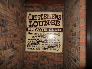 sign at the entrance of Cattlemen's Lounge