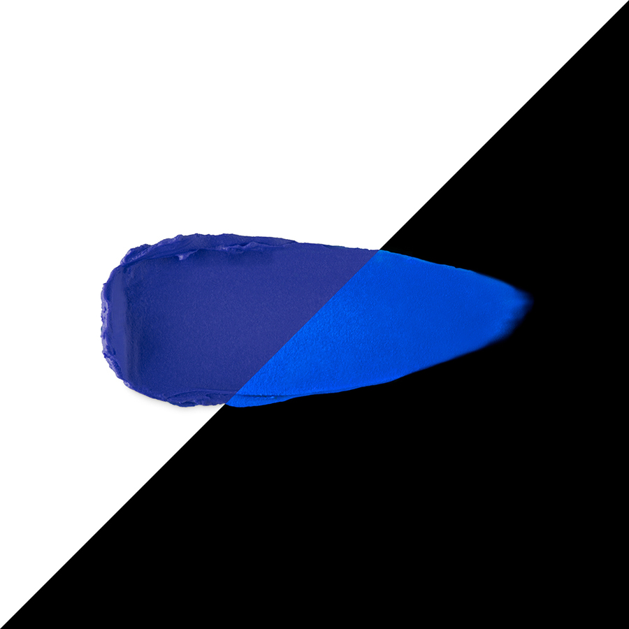 Capsule collection Mayo Active Fluo KIKO MILANO lipstick vigorous blue 2