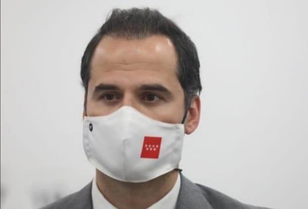 Ignacio Aguado avala la crítica de Belén Esteban sobre la seguridad de Barajas