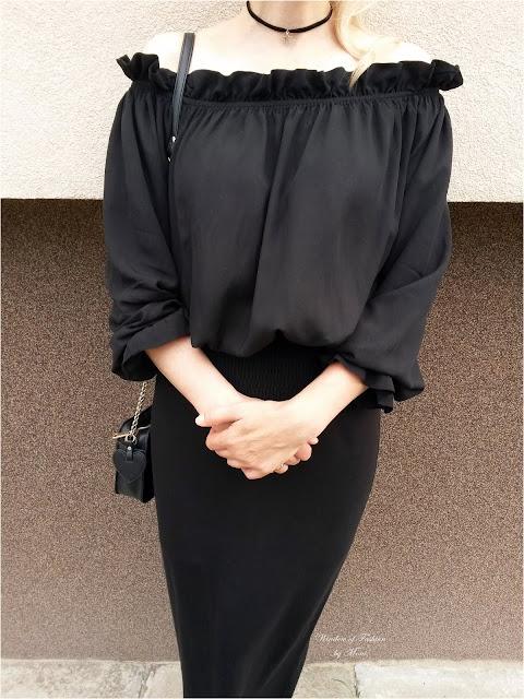 Bluzka hiszpanka Kate Kasin, torebka House, spódnica, choker z gwiazdką H&M
