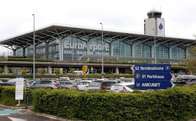 Fotografia do Aeroporto de Basileia na Suiça