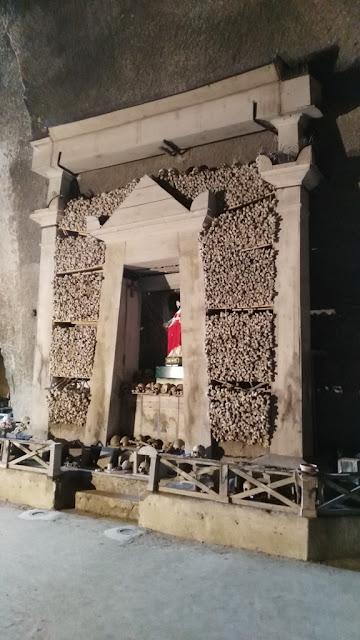 Ossario-Cimitero delle fontanelle-Rione Sanità-Napoli