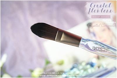 Crystal concealer review NeveCosmetics Crystal Flawless Brushes