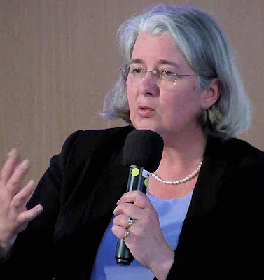 A jornalista Jeanne Smits fez corajosa publicação