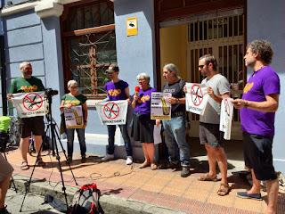 Concentración de 25 años en la calle Berriochoa