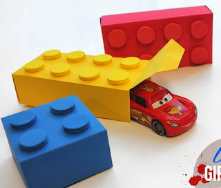 http://www.linesacross.com/2012/11/lego-gift-boxes-with-free-templates.html