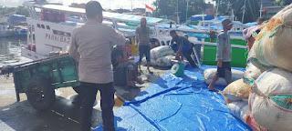 Sampaikan Protokol Kesehatan, Unit Binmas Polsek Paotera Rutin berikan Imbau Pada Warga Pulau