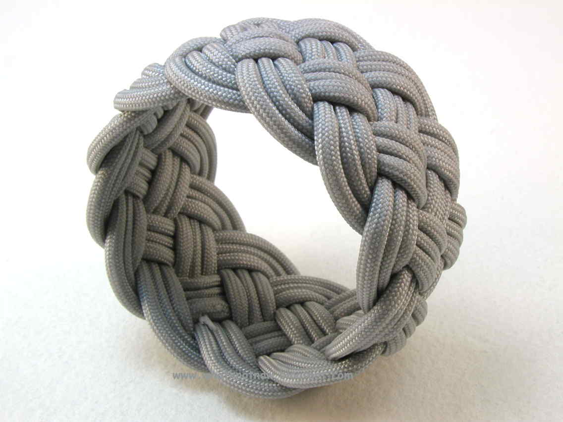 This Bracelet Is A 12 X 5 3 Design Made From Double Diamond Pattern Requires The Use Of Mold To Hold Cords In Place While Knot