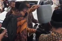 Cerita Heboh Mobil RI 2 Dikira Kehabisan Bensin di Jalan, Ternyata..