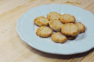 galletas de coco y almendras, sin harina ni azúcar