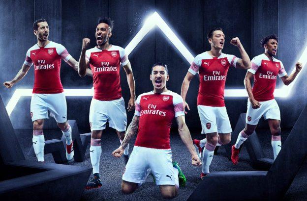 Inilah Alasan Anda Harus Memakai Jersey Arsenal Saat Nobar Sepak Bola