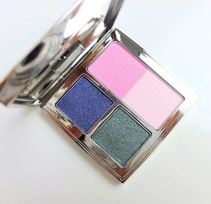 RMK Christmas Make Up Palette 2015 swatch