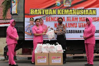 Bhayangkari Cabang Polres Pelabuhan Berikan Bansos ke Korban Banjir Masamba