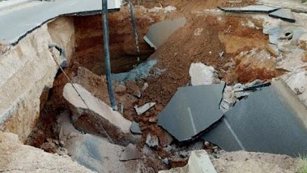 Θεσσαλονίκη: Άνοιξε τρύπα και 'κατάπιε' λεωφορείο