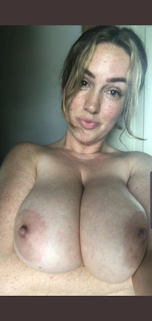 Thick busty woman nude selfies leaked online pic 1