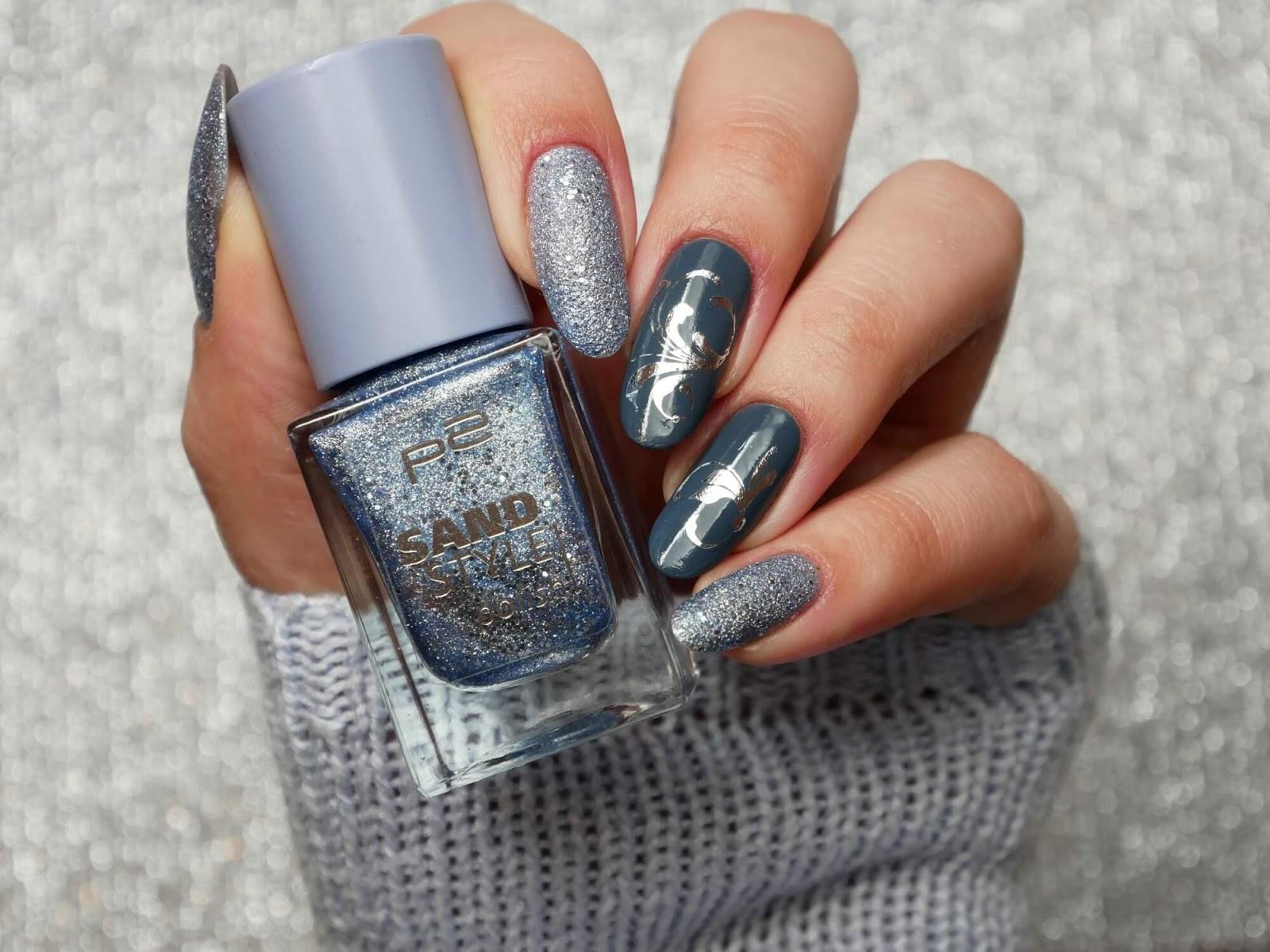 paznokcie ze srebrnym