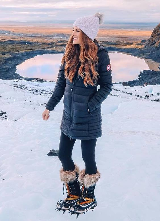 great winter outfit / hat + parka + skinnies + boots