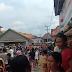 Demo Warga Desa Pinang Banjar Berlanjut,  Halaman dan Perabot Rumah Kades Dibakar