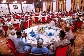 President Buhari With APC Aspirant Forum