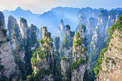 Zhangjiajiea-national-forest-park-is-in-China